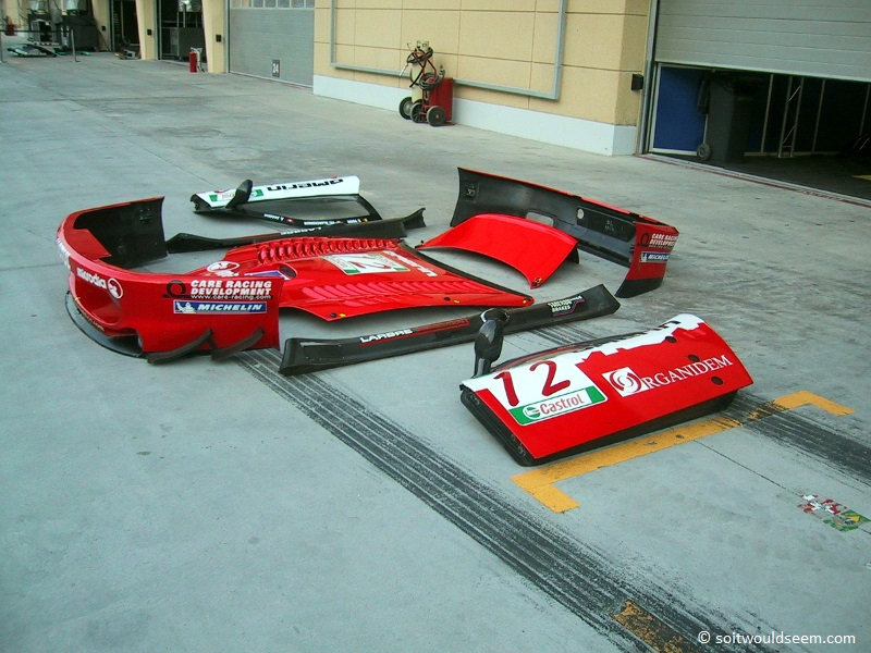 Gone - Ferrari 550 minus chassis and engine at Bahrain 2005 FIA GT championship final